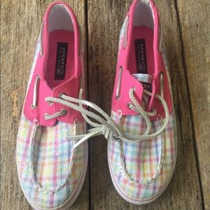 Girls Sperry Top Siders Size 5.